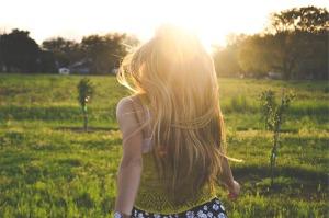 blonde-677779_1280